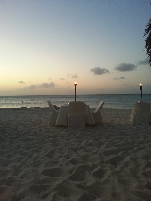 I'm Not Lost: I've Been Dining on the Beach in Aruba!
